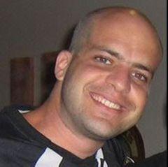 Gustavo L.