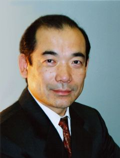 Hideharu F.