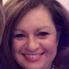 Elizabeth Flores M.