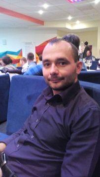Andrey  R.