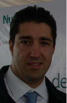 Ayhan F.