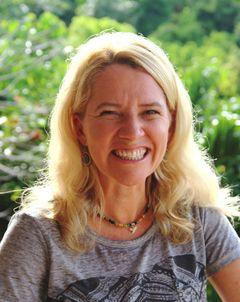 Vivienne G.