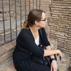 Sarah R.