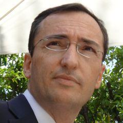 Juan J. Y.