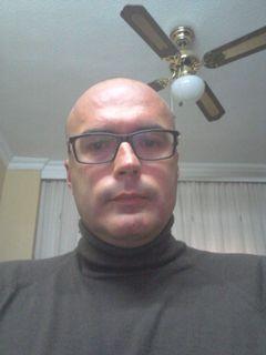 Víctor Gómez G.