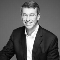 Arnaud de L.