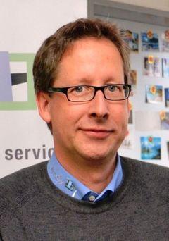 Stefan F.