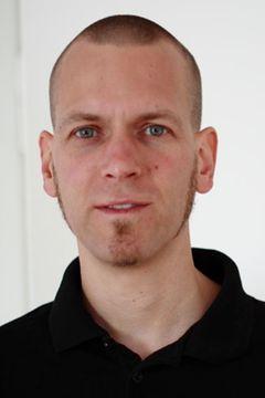 Michel E.