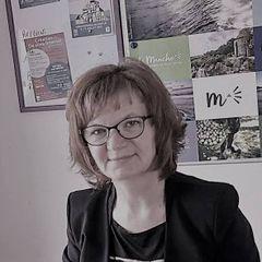 Cécile J.