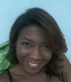 Elizandra C.