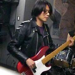 Hiroshi S.