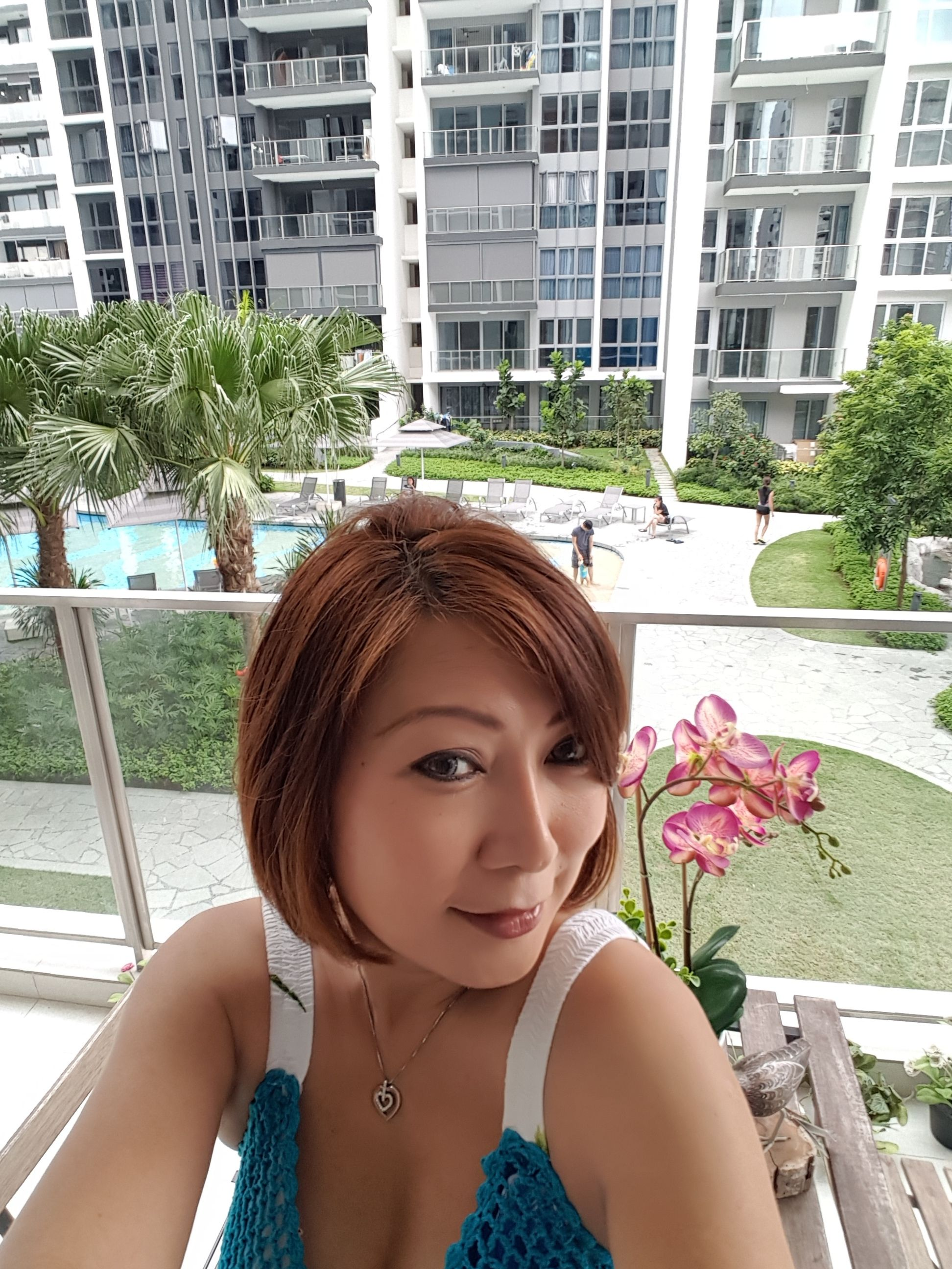 Singapore single girls