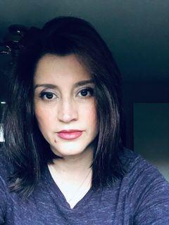 Claudia V.