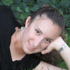 Yaara C.
