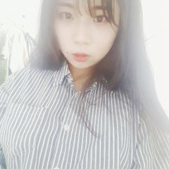 Hyeji J.