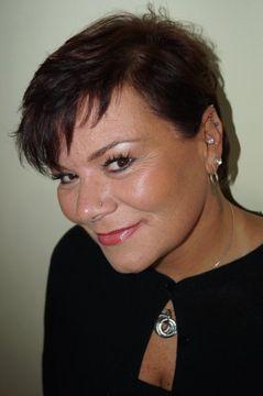 Wendy R