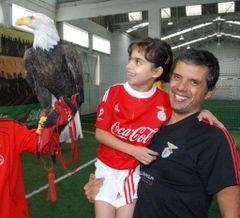 Vitor R.
