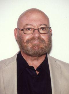 Chris L.