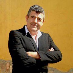 Ramón R.