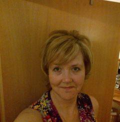 Sue C (.