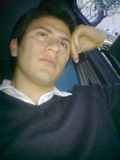 Andres Viveros P.