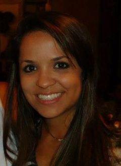 Renata Ferreira H.
