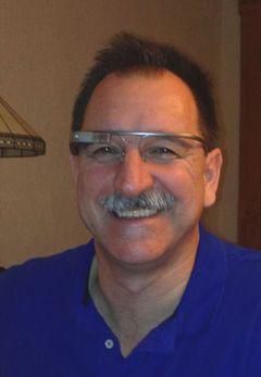 Darren V.