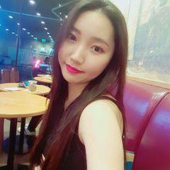 Hyunkyung L.