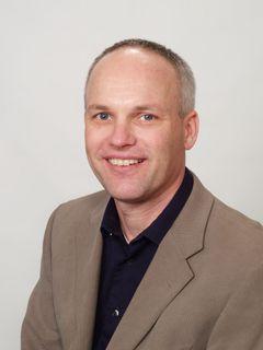Steffen B.