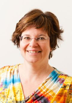 Nicole Krassenberg (.