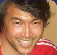 Kazuhito Y.
