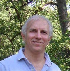 Alexandre Prado T.