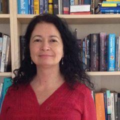 Simone Torres C.