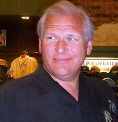 Ron R.
