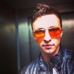 Alex Ï.