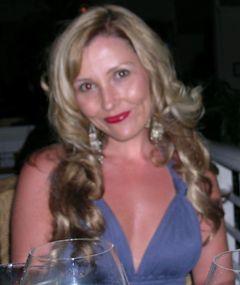 Chelisa L.