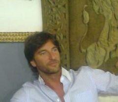 Jose Luis M.