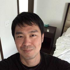 Kazuhiro T.