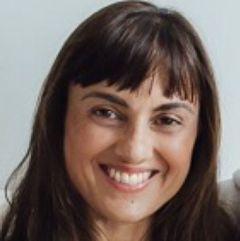 Amina C.