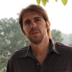 Mariano R.