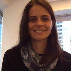 Ana R.