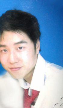 Eric 佐祥 W.