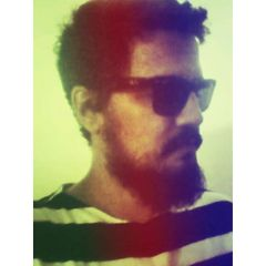 Vinicius R.
