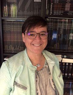 Karine V.