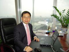 Zhilong R.
