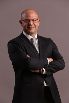 Abdel R.
