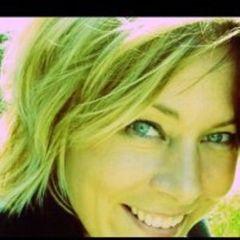 Brenda Den D.