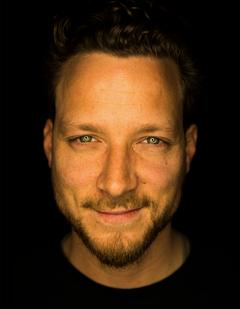 Carsten J.