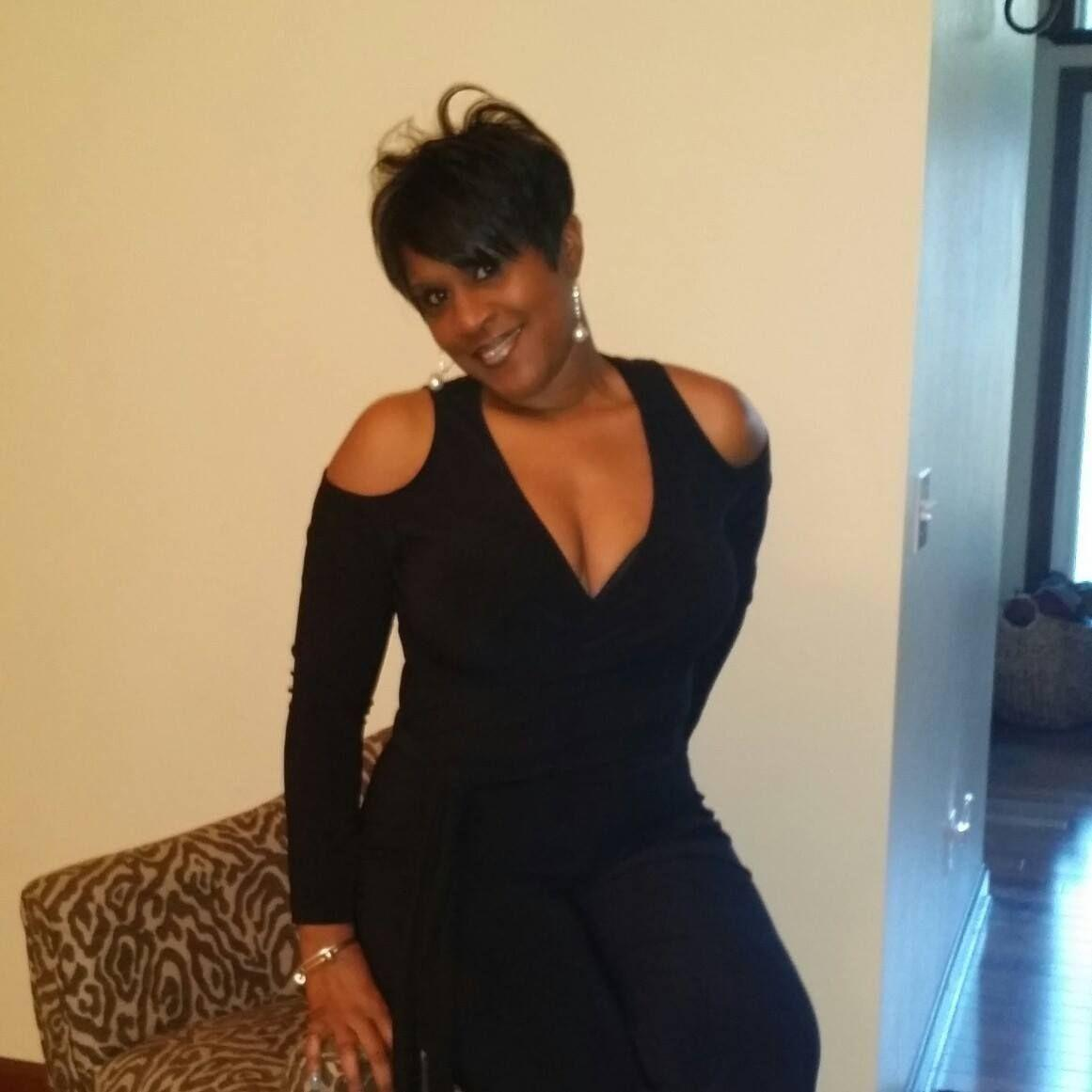 inkster single women Meet catholic singles in inkster, michigan online & connect in the chat rooms dhu is a 100% free dating site to find single catholics.