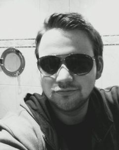 Lars D.